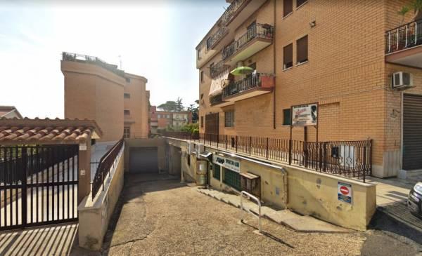 Box / Garage in vendita a Tivoli-Villa-Adriana - via-venezia-tridentina. Foto 10 di 80