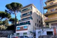 Appartamento in vendita a  TIVOLI su Via Di Villa Braschi foto 1 di 16