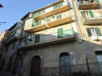 Appartamento in vendita a CASTEL MADAMA su Via Discesa Empolitana foto 1 di 13