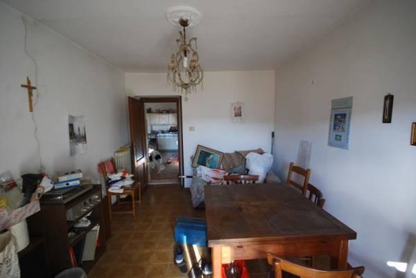 Palazzo / Stabile ciciliano - via-del-castello-19