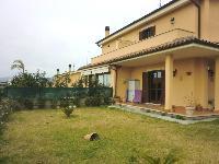 Villa in vendita a CERVETERI su Via Del Sasso foto 1 di 12