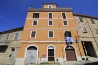 Appartamento in vendita a CASTEL MADAMA su Roma foto 1 di 16
