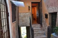 Appartamento in vendita a SAN POLO DEI CAVALIERI su Santa Lucia foto 1 di 16