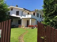 Villa in vendita a SABAUDIA su Strada Litoranea foto 1 di 10