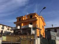 Appartamento in vendita a GUIDONIA su Via Paisiello foto 1 di 5