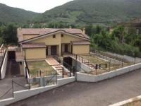 Villa in vendita a GUIDONIA su Via Saracinesco foto 1 di 12