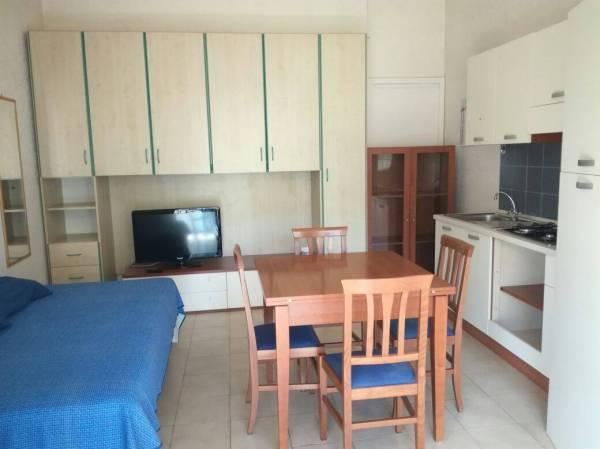 Appartamento in affitto a roma - -. Foto 21 di 200
