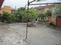 Appartamento in vendita a  TIVOLI TERME su Via Arcadi Sibillini 7 foto 1 di 12