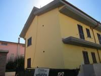Appartamento in vendita a GUIDONIA su Via Settembrini foto 1 di 9