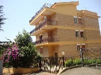 Appartamento in vendita a  ROMA su Via Dei Pietramellara foto 1 di 7