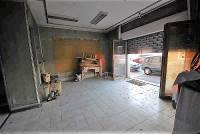 Negozio in vendita a  TIVOLI su Via Tiburtina 19 foto 1 di 5