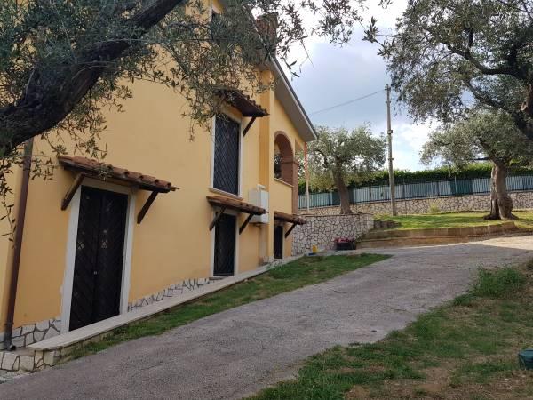 Villa in vendita a palombara - strada-di-colle-cianca. Foto 11 di 32