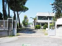 Capannone in vendita a GUIDONIA su Cod. V-337 Via Tiburtina Km 18.300 foto 1 di 10